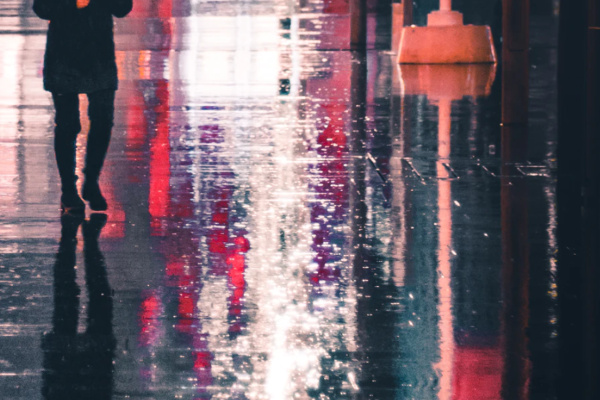 雨の中歩く・走る夢