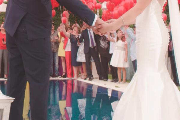 好きな人が別の人と結婚する夢