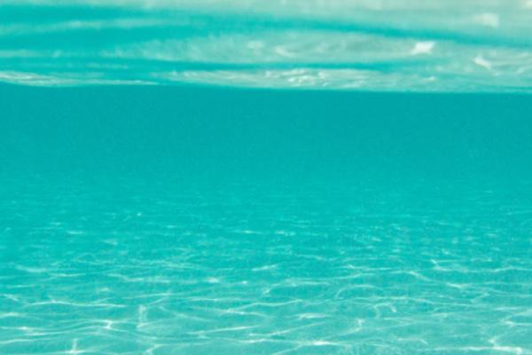 エメラルドグリーンの海の夢