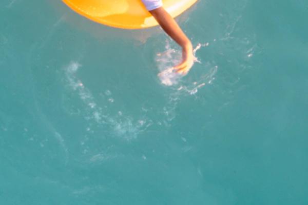 海で漂流する夢