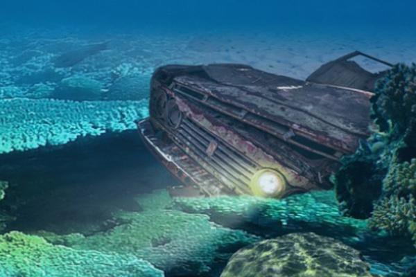 海に車が落ちる夢