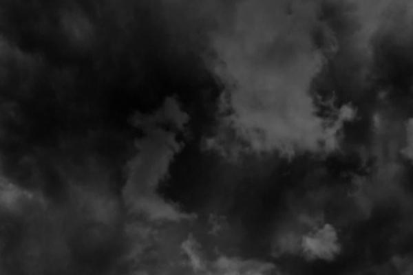 黒い空の夢