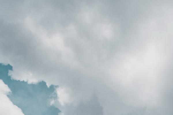 曇り空の夢