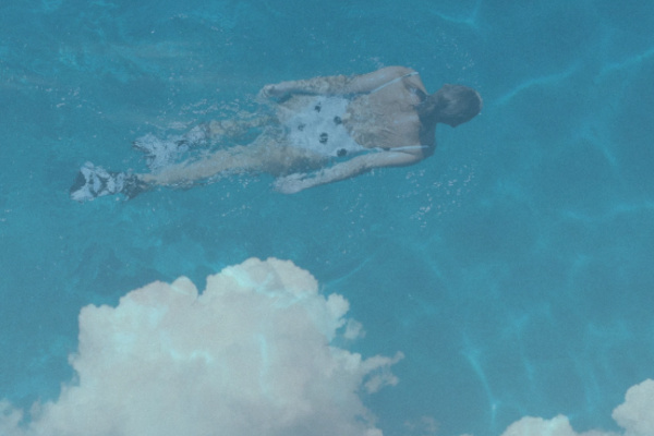 空を泳ぐ夢