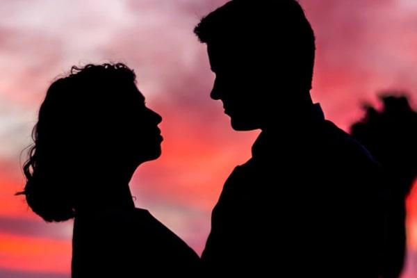 50代既婚男性と、自立している30代既婚女性や40代既婚女性は互いに惹かれやすい