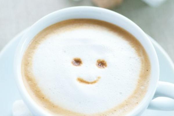 スマイル(笑顔)のコーヒーをスマホの待ち受けにする