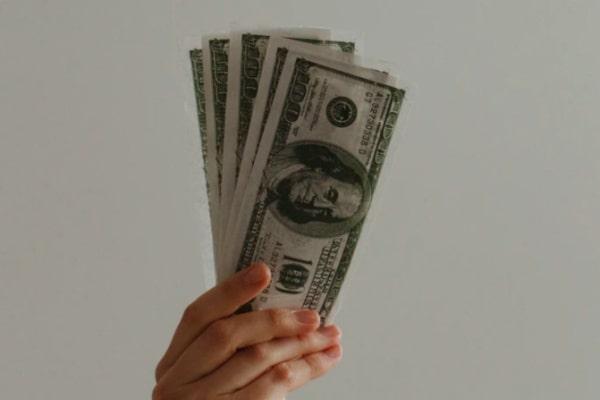 お金の問題