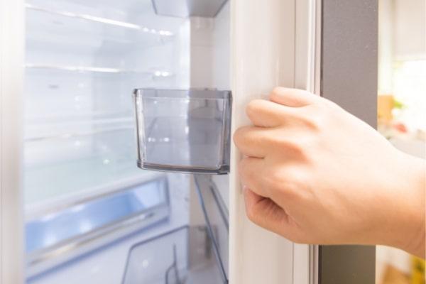 優先すべきは冷蔵庫の大掃除