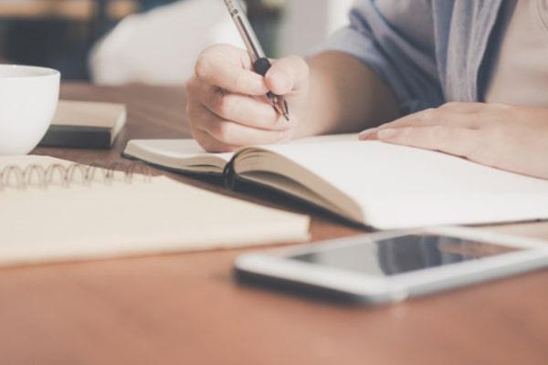 第1ステップ:自分の恋愛に妥協していないかをノートに書いてみる