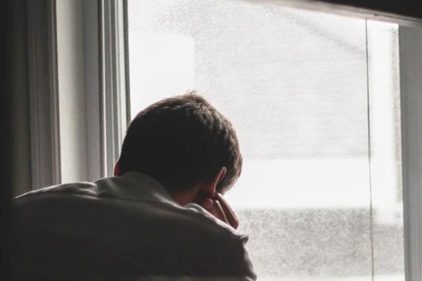 既婚女性と別れた後、独身男性の心理5